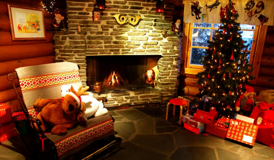 Christmas-home-daydreaming-27551844-1280-800